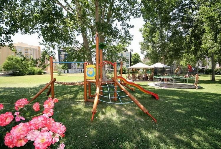 4 - Детский  и молодежный отдых в  Болгарии