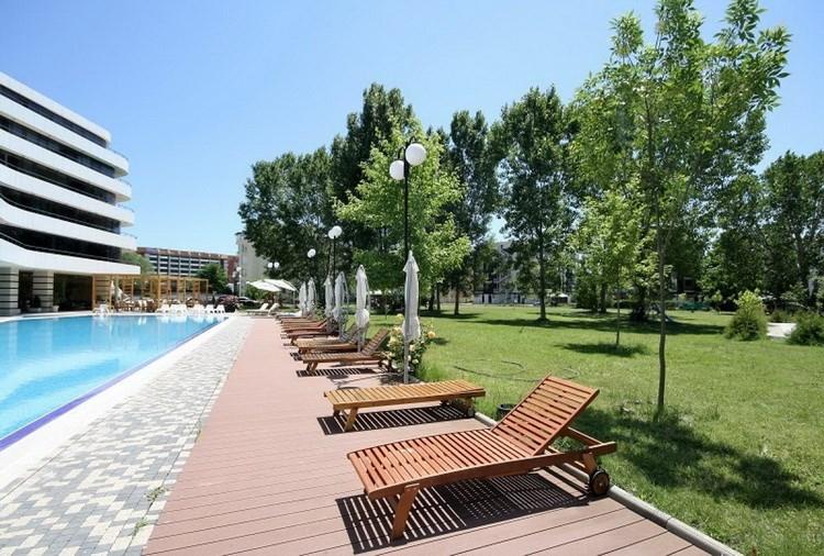 36 - Детский  и молодежный отдых в  Болгарии