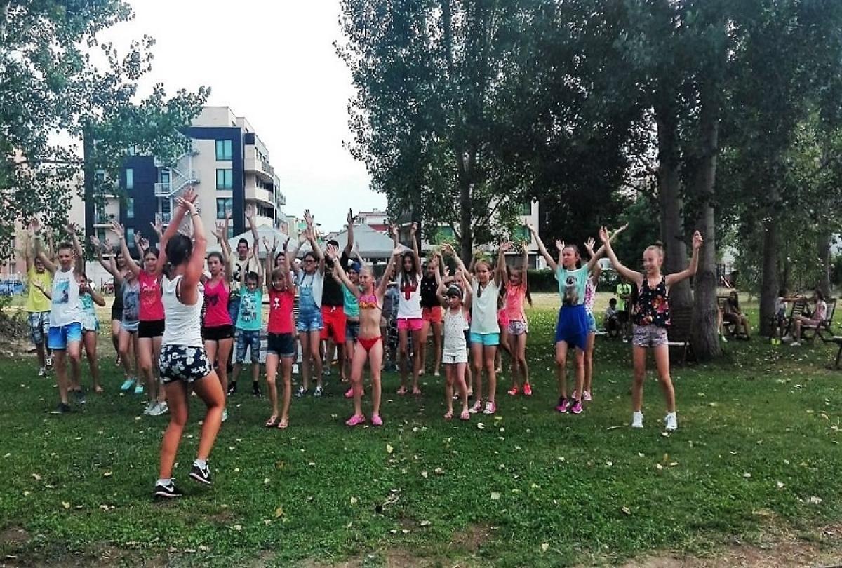 animacia4 - Детский  и молодежный отдых в  Болгарии