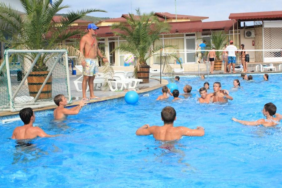 013 - Детский  и молодежный отдых в  Болгарии